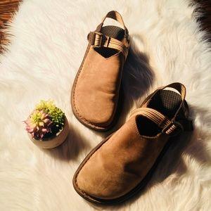 Chaco Toecoop Sandals Women's Size 8.5 Brown
